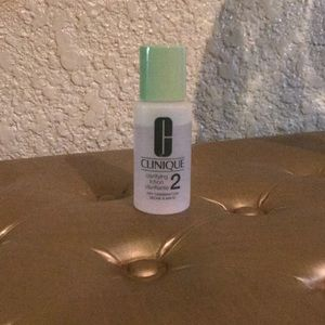 Clinique | Clarifying Lotion 2